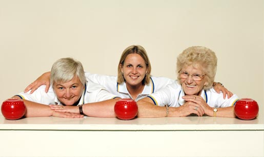Indoor bowls players